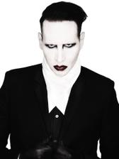 인더스트리얼 쇼크락의 대표주자 Marilyn Manson 내한