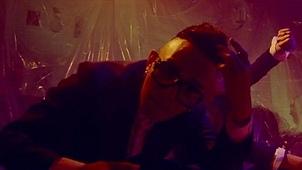 GIVE IT 2 U (feat. 피오 Of 블락비 & 니화) 뮤직비디오 대표이미지